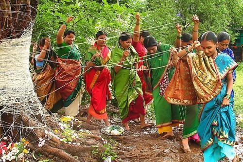 banyan tree worshipping
