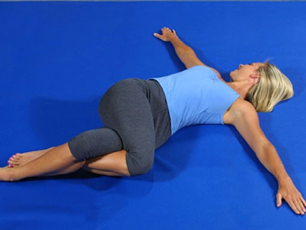 Supth Vakrasana (spinal twist)